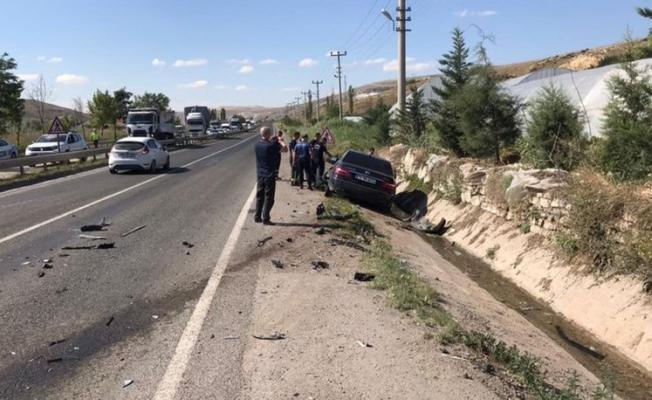 Sinop Valisi  Erol Karaömeroğlu trafik kazası geçirdi!