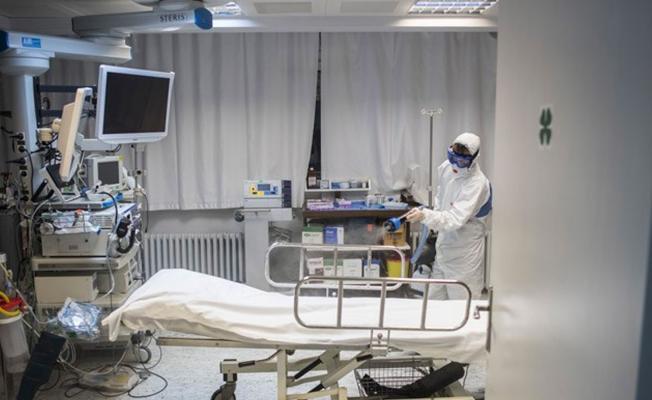 Covid-19 hastalarının hastanede yatabilmesi için şartlar getirildi!