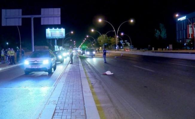 Ankara'da feci kaza! Arabanın çarpmasıyla uzuvları yere saçıldı!