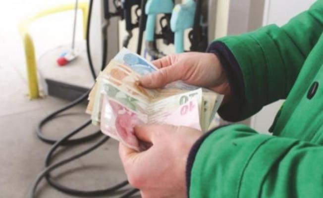 Benzin fiyatlarına indirim bekleniyor!