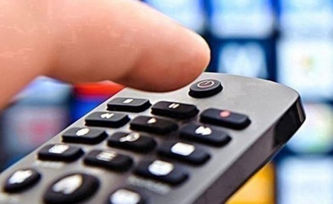 2 Ekim ATV, Kanal D, TV8, Show TV, Star TV, FOX TV yayın akışı! 2 Ekim Cuma yayın akışı! 2 Ekim Cuma televizyonda hangi diziler filmler var?