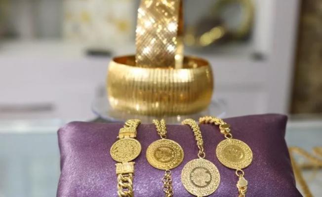 Altın fiyatları resmen eridi! Gram altın fiyatı 462 TL oldu
