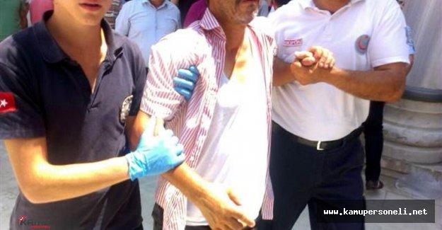 Adana'da Canlı Bomba Sanılan Kişi Camide Linç Edildi