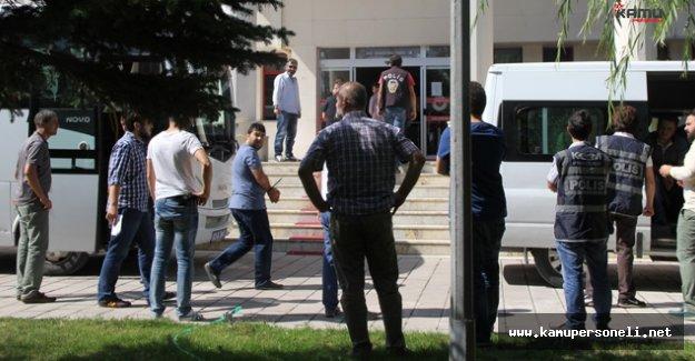 Ankara'da 1'i Emekli Büyükelçi, 7 Kişi FETÖ'den Tutuklandı