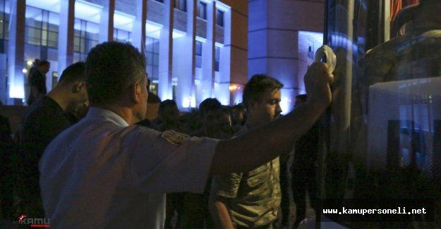 Darbe Girişimi Operasyonlarında 51 Rütbeli Gözaltına Alındı