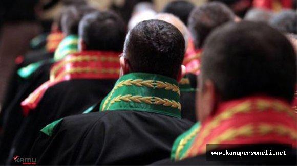 Emniyetteki İşlemleri Biten Hakim ve Savcılar Adliyeye Sevk Edildi