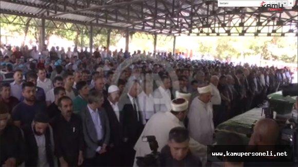 Hain Terör Saldırısında Ölen Çocukların Cenazesi Toprağa Verildi