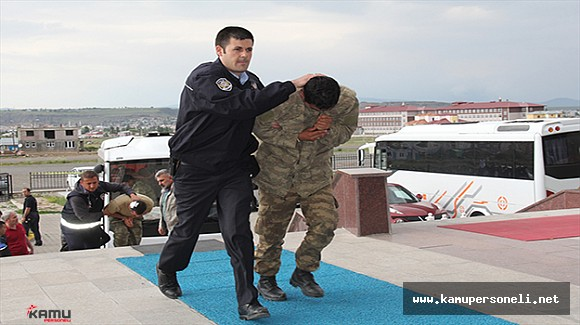 Kars'ta 19 Asker Tutuklandı