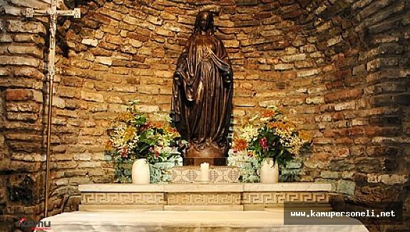Meryem Ananın Görüldüğüne İnanılan Yer