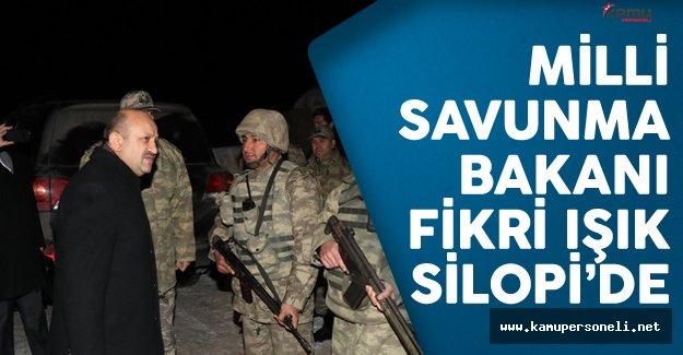 Milli Savunma Bakanı Işık Silopi'de