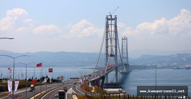 Osmangazi Köprüsü'nde Bayram Yoğunluğu Başladı