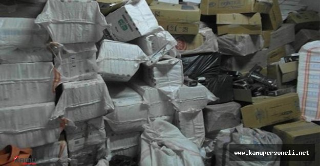 Savcının Evinde 80 Bin Paket Kaçak Sigara Bulundu