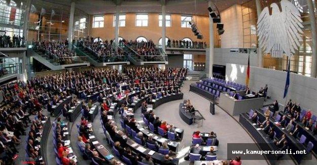 Sözde Ermeni Soykırımı Tasarısı Berlin'de Protesto Edilecek