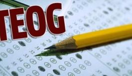 TEOG Sınavında Birinci Olan Öğrencilerin Öğretmenlerine Ödül