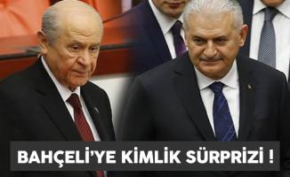 Başbakan Yıldırım, Bahçeli'ye kimlik sürprizi yaptı