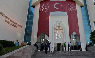 MHP Ankara Gölbaşı İlçe Teşkilatı Yetkililerinin Görevlerine Son Verildi