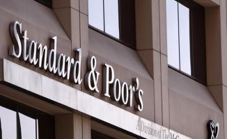 S&P, Türkiye'deki 4 bankanın not görünümünü düşürdü