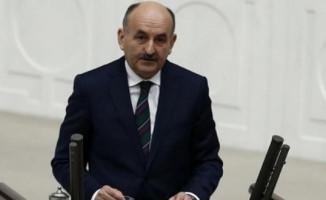 Çalışma Bakanı Müezzinoğlu'ndan Emeklilikte yaşa takılanları üzecek açıklama