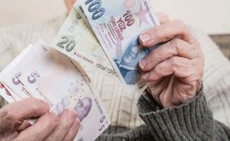 Emekliye Promosyonda Kredi Kartı Tartışması Sonlanıyor
