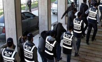 8 İlde FETÖ Soruşturması Kapsamında Gözaltına Alınan 27 Polisten 8'i Tutuklandı