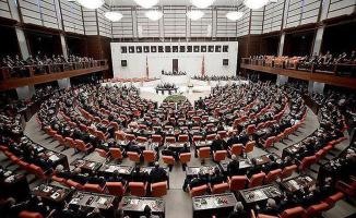 CHP Seçilme Yaşının 18'e Düşürülmesi İçin Kanun Teklifi Vermiş