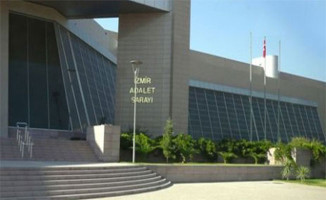 İzmir'de FETÖ Üyesi ByLock Kullanan 2 Kişiye Hapis Cezası Verildi