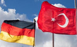 Almanya 16 Nisan Sonrasında Gurbetçileri Türkiye'ye Gönderecek !
