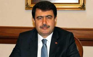 İstanbul Valisi Vasip Şahin'nden Belediye Başkanlığı Seçim Açıklaması!