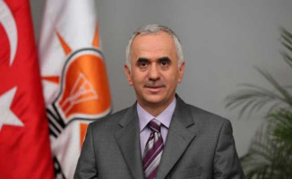 Kadir Topbaş'ın İstifasına Ak Parti'den İlk Yorum Geldi!