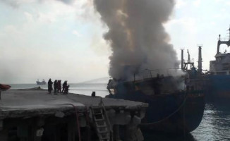 İstanbul Kartal'da Gemi Alevler İçerisinde Kaldı