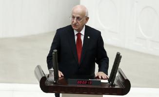 Meclis'te Bir İlk Yaşandı ! Meclis Başkanı Kahraman 'Frak' Giymedi