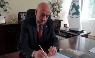 MHP'li Belediye Başkanı İhraç Edildi!