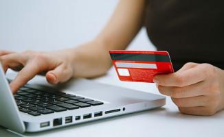 Şubeye Gitmeden Hızlı Kredi Kullandıran Bankalar