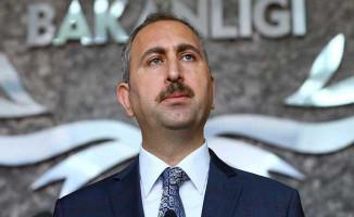 Adalet Bakanı Gül'den FETÖ'nün Firari İmamı Adil Öksüz'e İlişkin Açıklama