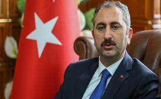 Adalet Bakanı Gül'den YSK Hakkında Önemli Açıklama