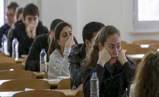 9 Aralık MEB AÖL Sınavı İlk Oturum Soruları Cevapları ve Yorumları (Kolay Mıydı, Zor Muydu?)