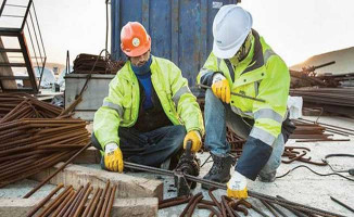Taşeron İşçileri Üzecek Haber: Kadroya Geçiş Süresi Uzayabilir