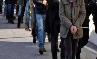 27 İlde FETÖ Operasyonu: 58'i Muvazzaf 70 Askere Gözaltı Kararı