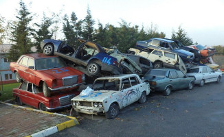 Çürümeye Terk Edilen Araçlar Satılarak Sahiplerine Ödeme Yapılacak