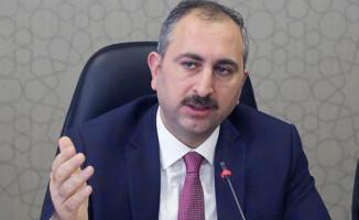 Adalet Bakanı Gül'den Zabıt Katiplerine ve İcra Katiplerine Müjdeli Haber!