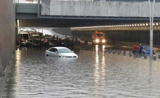 Meteoroloji Uyarmıştı! Ankara Sel Altında Kaldı!