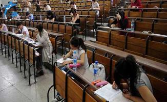 ÖSYM Tarihinde Bir İlk: KPSS, ÖABT, DHBT Sınav Saatleri İleri Alındı