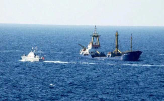 Türk Gemisine Roketli Saldırı Düzenlendi !