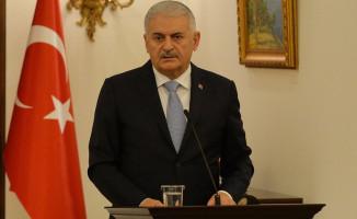 Başbakan Yıldırım: Cumhuriyeti Kuran Atatürk'ün Partisine Bölücülerle İş Birliği Yapmak Yakışmaz