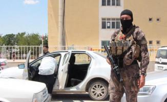 Şanlıurfa Suruç'ta 4 Çuval Oy Pusulası Ele Geçirildi! 3 Kişi Gözaltına Alındı