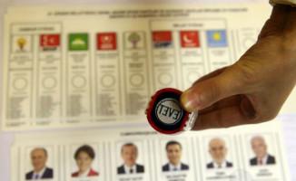 Türkiye Sandık Başına Gidiyor! Oy Verme İşlemleri Devam Ediyor!