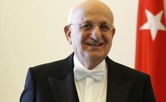 İsmail Kahraman: Resmi Dairelere Erdoğan'ın Resmi Asılmalı