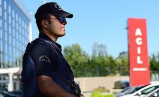 Polisler Sağlık Personellerini Korumakta Görevlendirildi!
