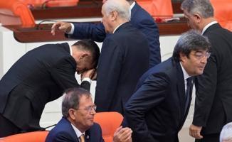 İYİ Parti'li Hayati Arkaz Bahçeli'nin İsteği Üzerine MHP'ye Geçti!