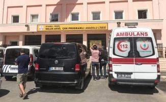 İstanbul'da Pendik'te Bir Okulda Rehine Krizi! Özel Harekat Polisleri Okula Girdi